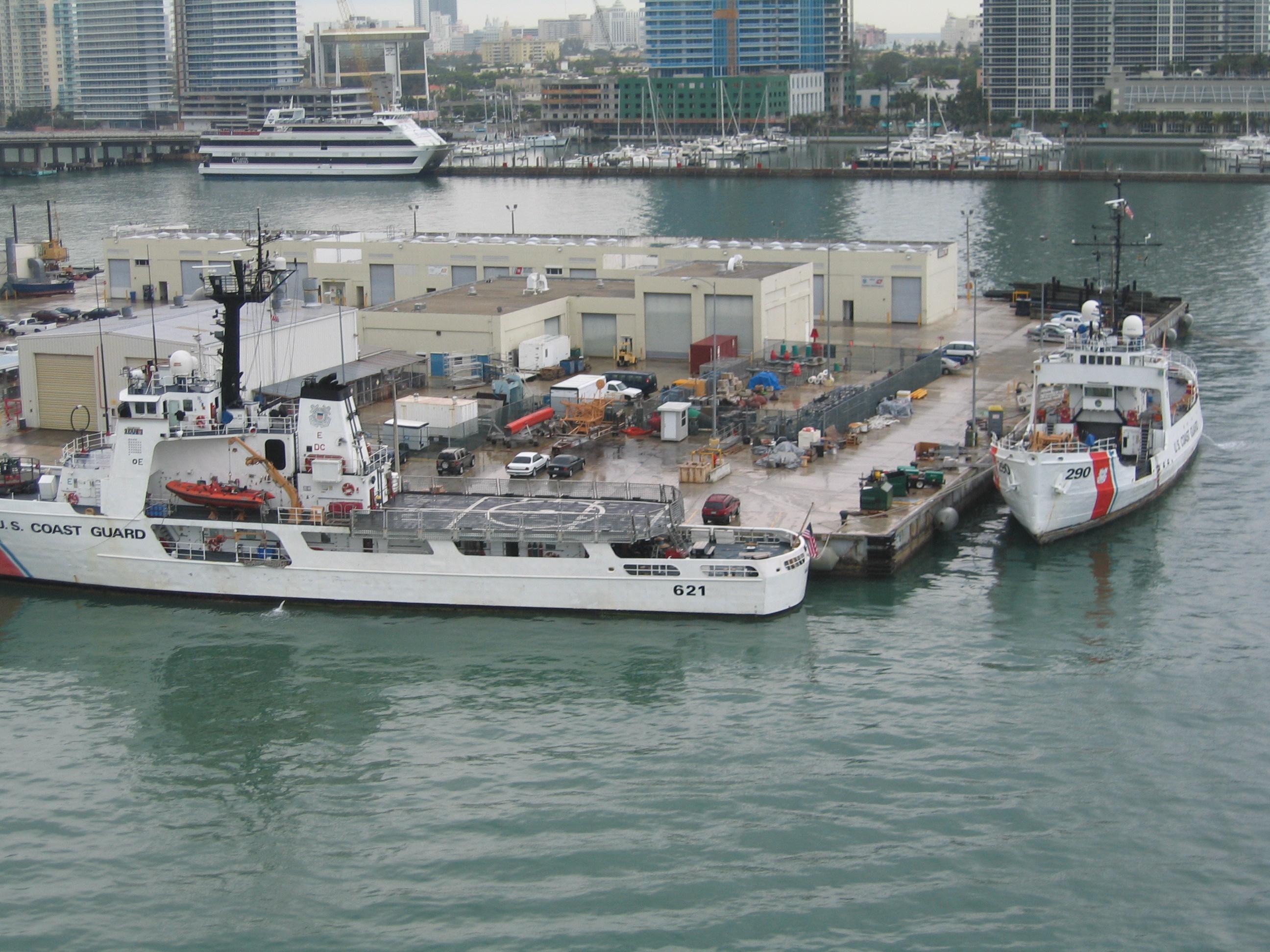 File Miami Beach Port With Coast Guard Ships Jpg