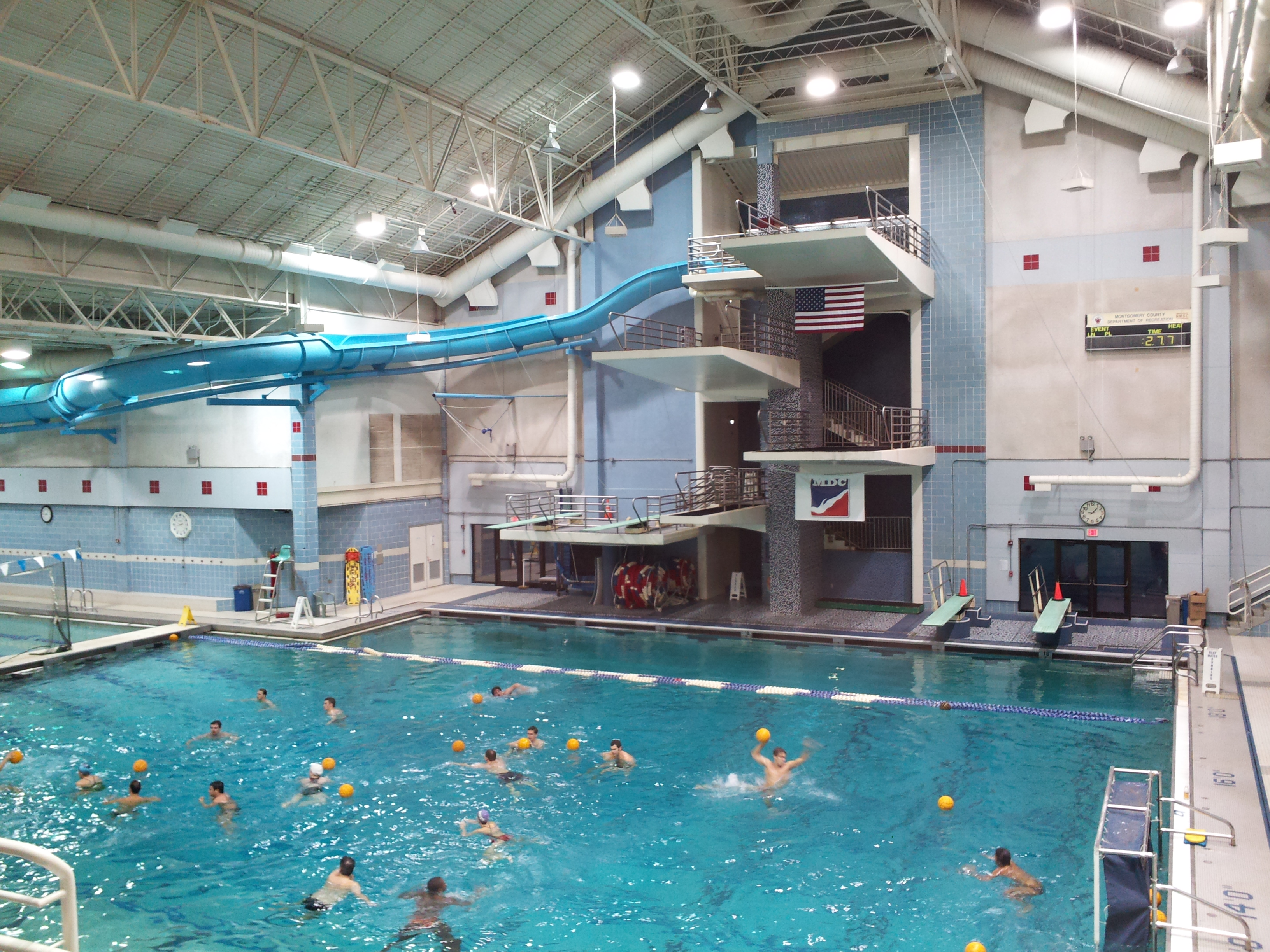 File Montgomery Aquatic Center Diving Platforms And Deep Water Pool Area Wikimedia Commons