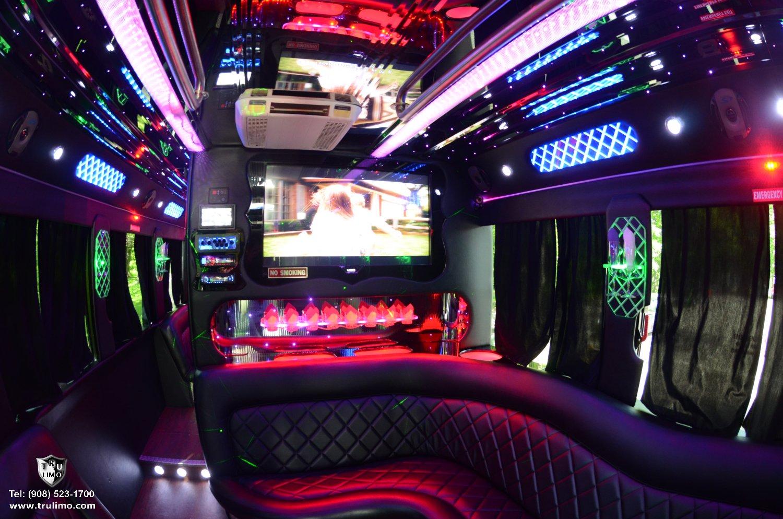 File Nj Party Bus Interior 2b Jpg Wikimedia Commons
