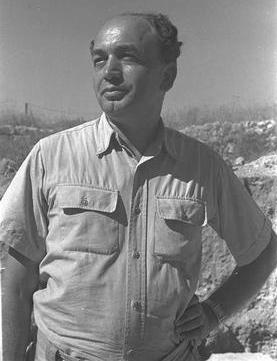 Nahman Avigad, 1950