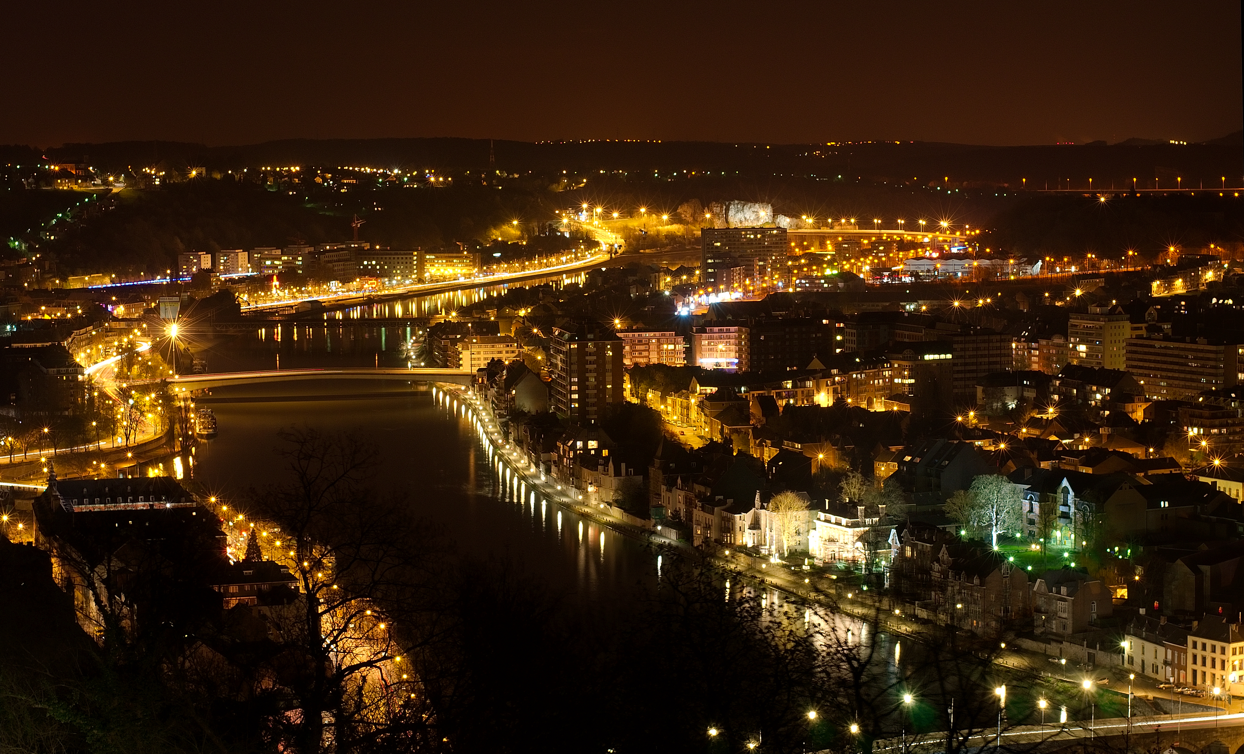 Http Commons Wikimedia Org Wiki File Namur By Night 1 Luc Viatour Jpg
