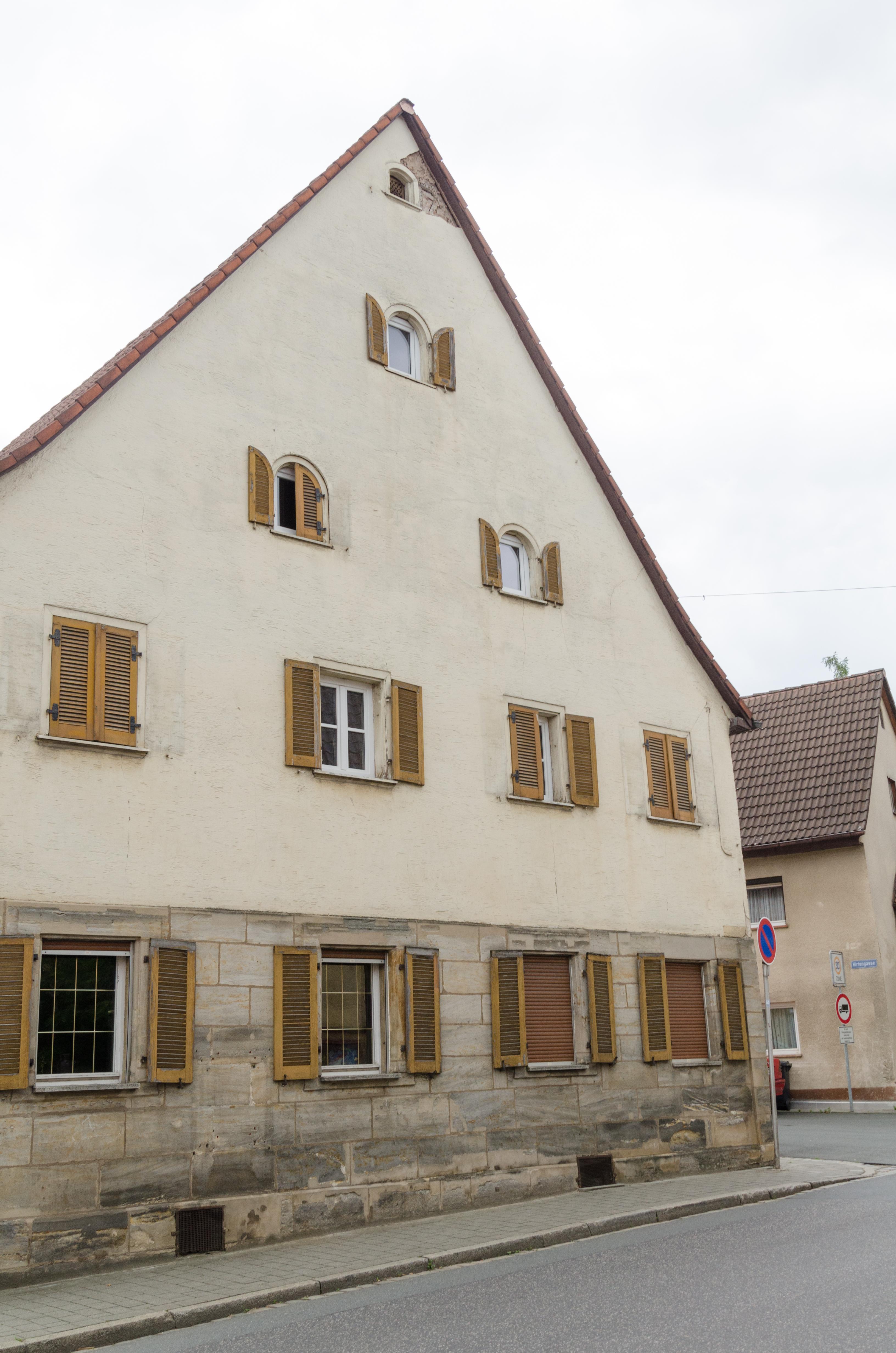 File:Neunkirchen am Brand, Forchheimer Straße 7, 001.jpg ...