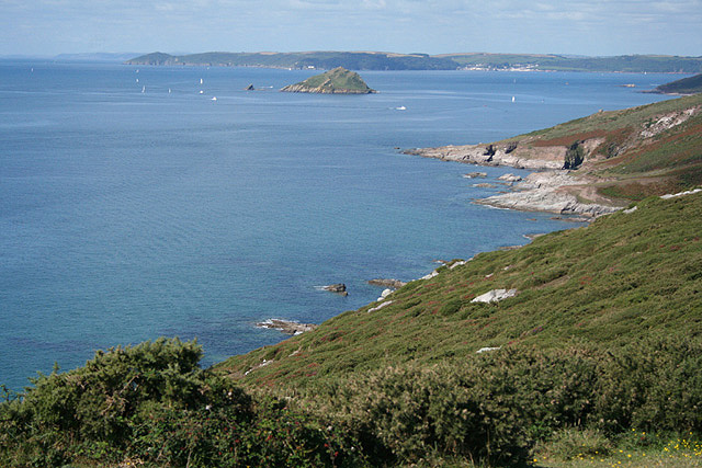 Newton and Noss, towards the Great Mew Stone - geograph.org.uk - 546343