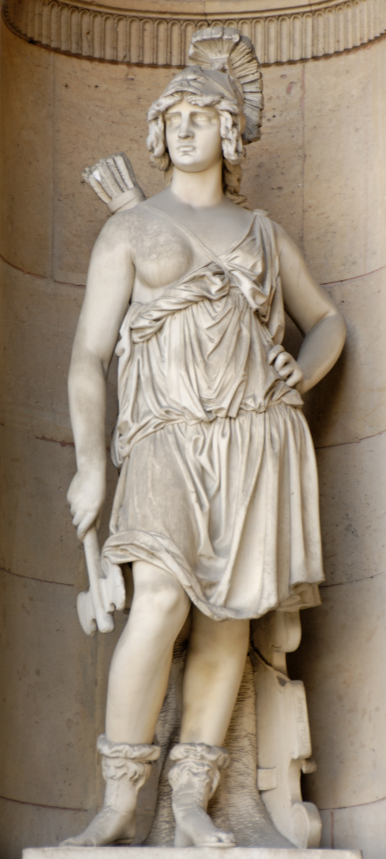 http://upload.wikimedia.org/wikipedia/commons/8/8e/Penthesilea_Dubray_cour_Carree_Louvre.jpg