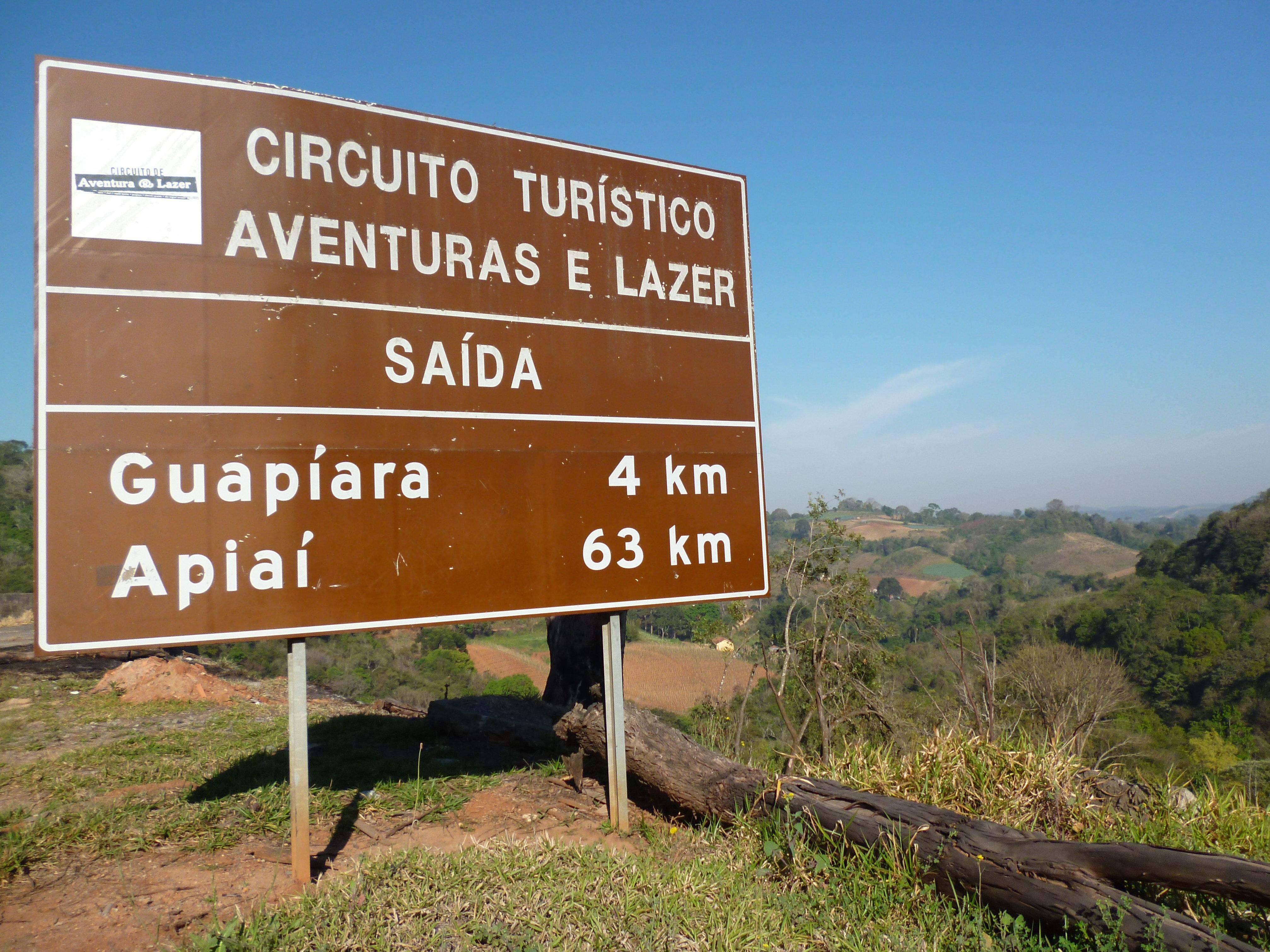 Circuito Turistico : File placa circuito turístico aventuras e lazer guapiara a km