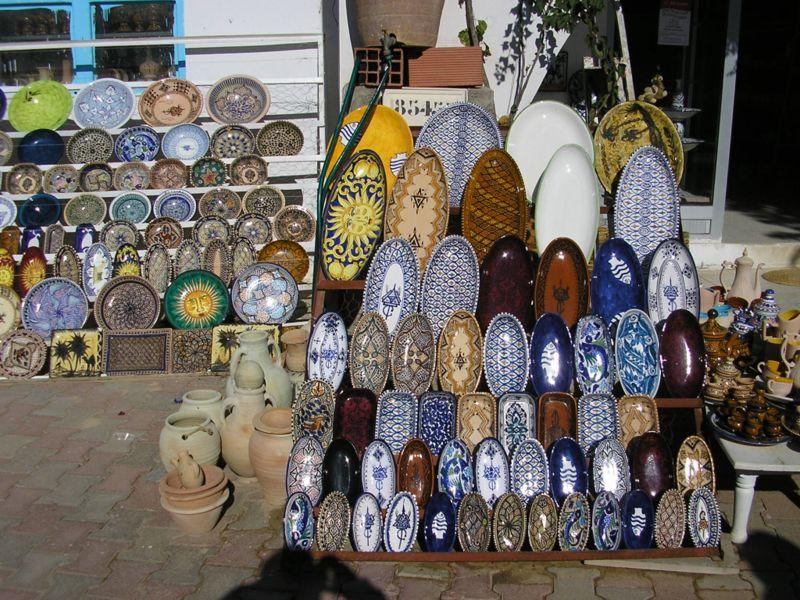 الصناعة التقليدية التونسية Poteries_guellala