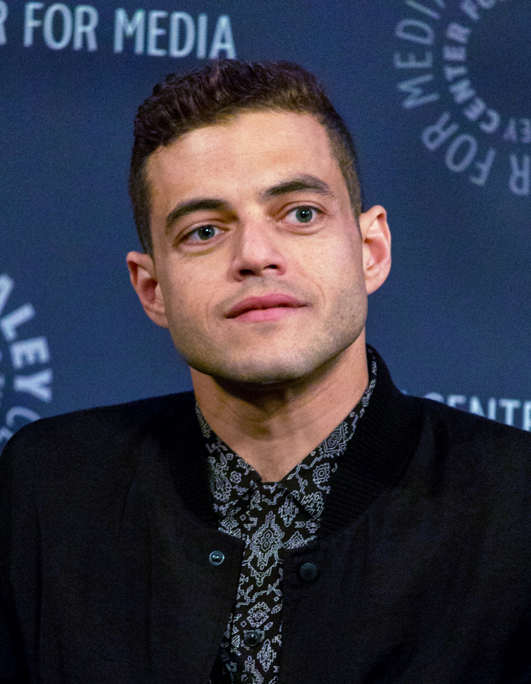 The 37-year old son of father (?) and mother(?) Rami Malek in 2019 photo. Rami Malek earned a  million dollar salary - leaving the net worth at 2 million in 2019