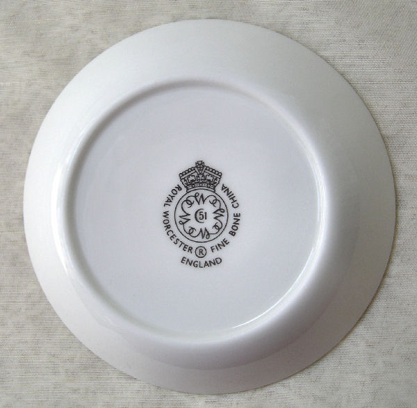 dating Worcester porcelain