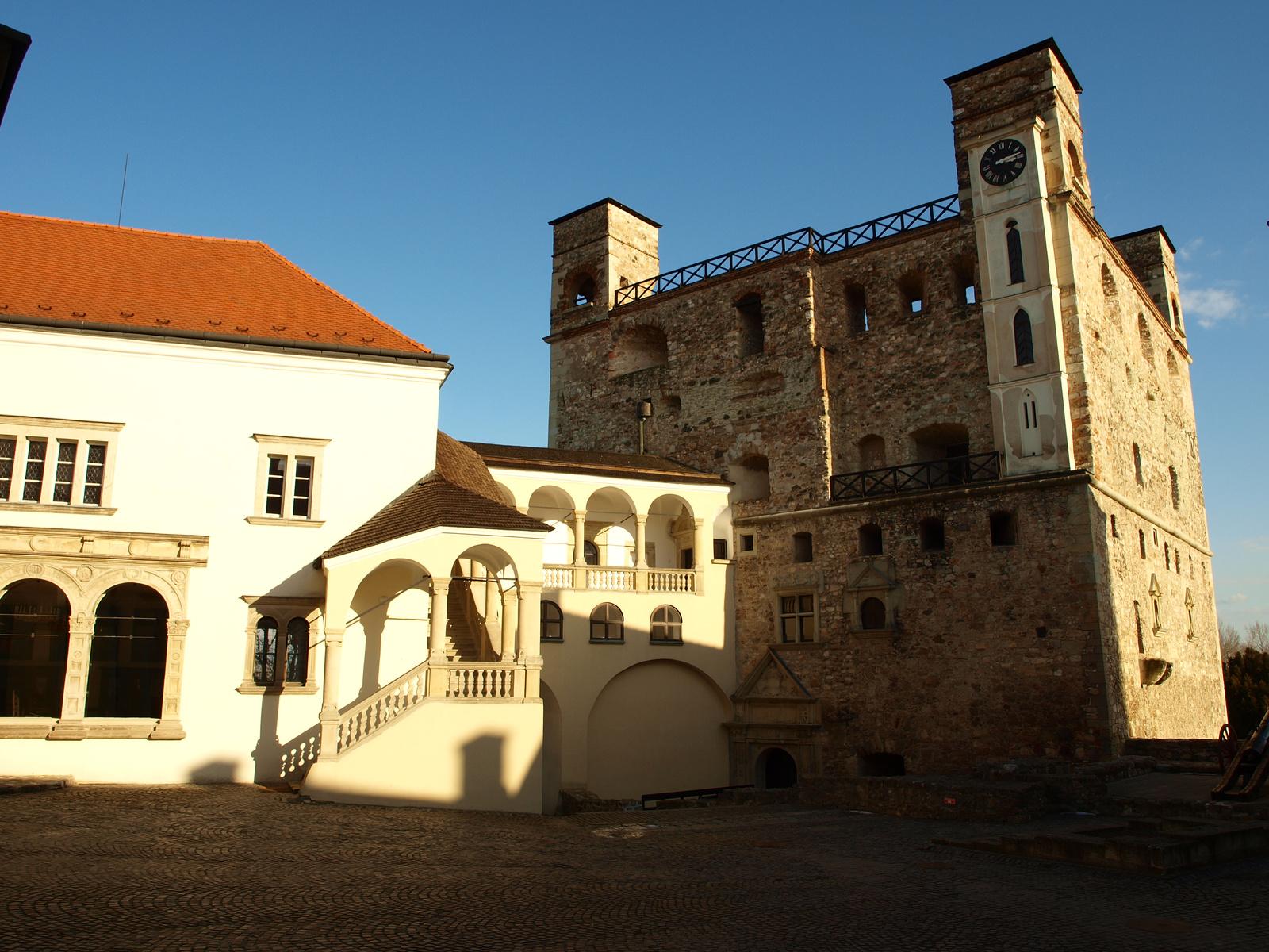 File S 225 Rospatak Castle 9 Jpg Wikimedia Commons