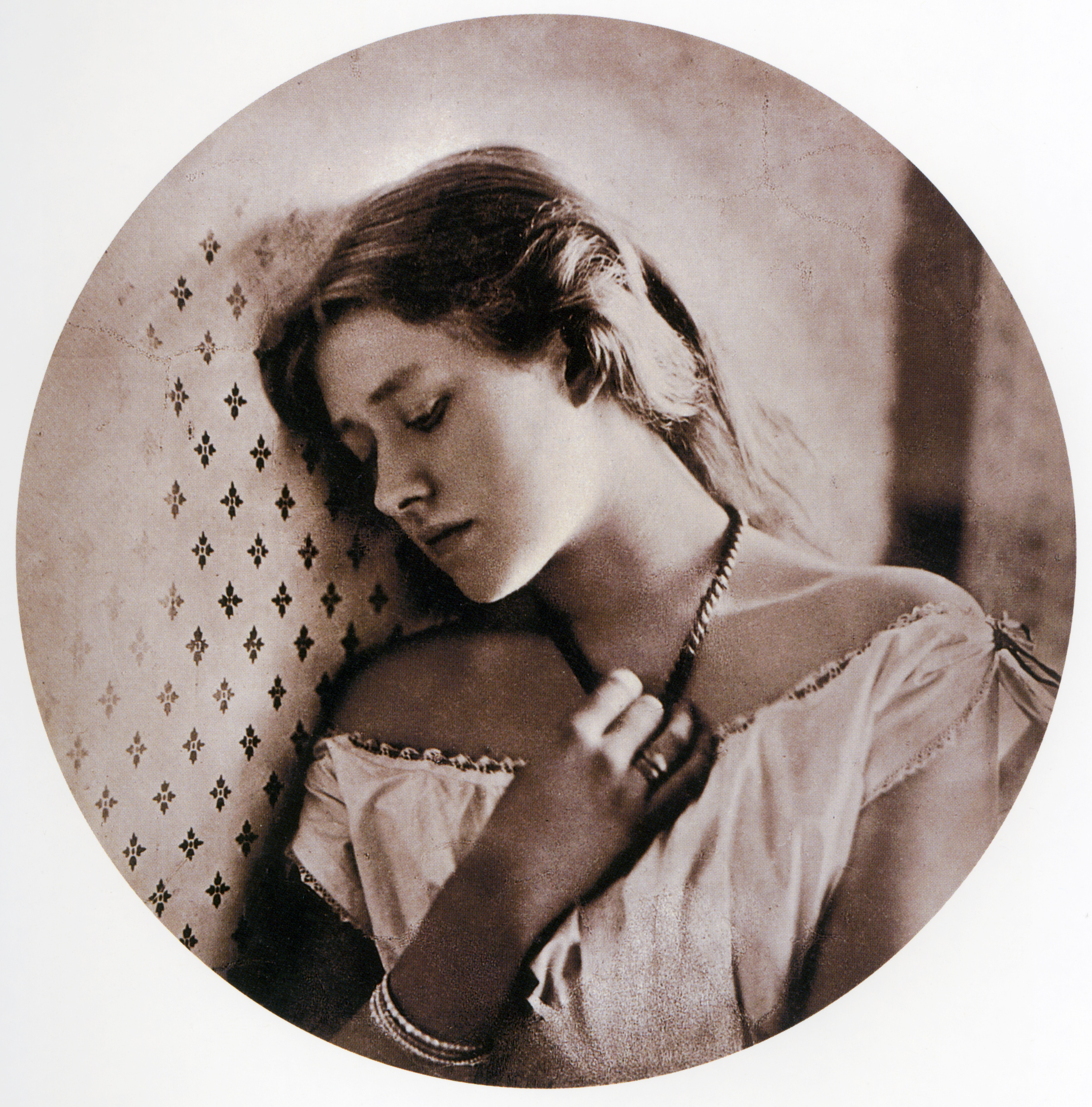 Julia Margaret Cameron S Photographs Are Reminiscent Of Which Painting Style