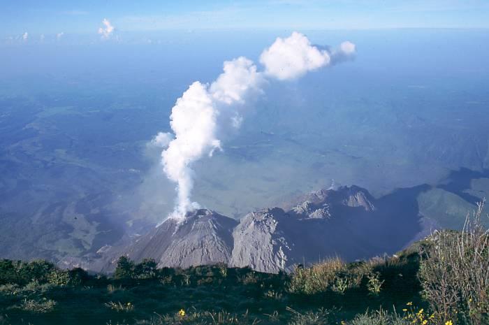 Santa María (volcano) - Wikipedia