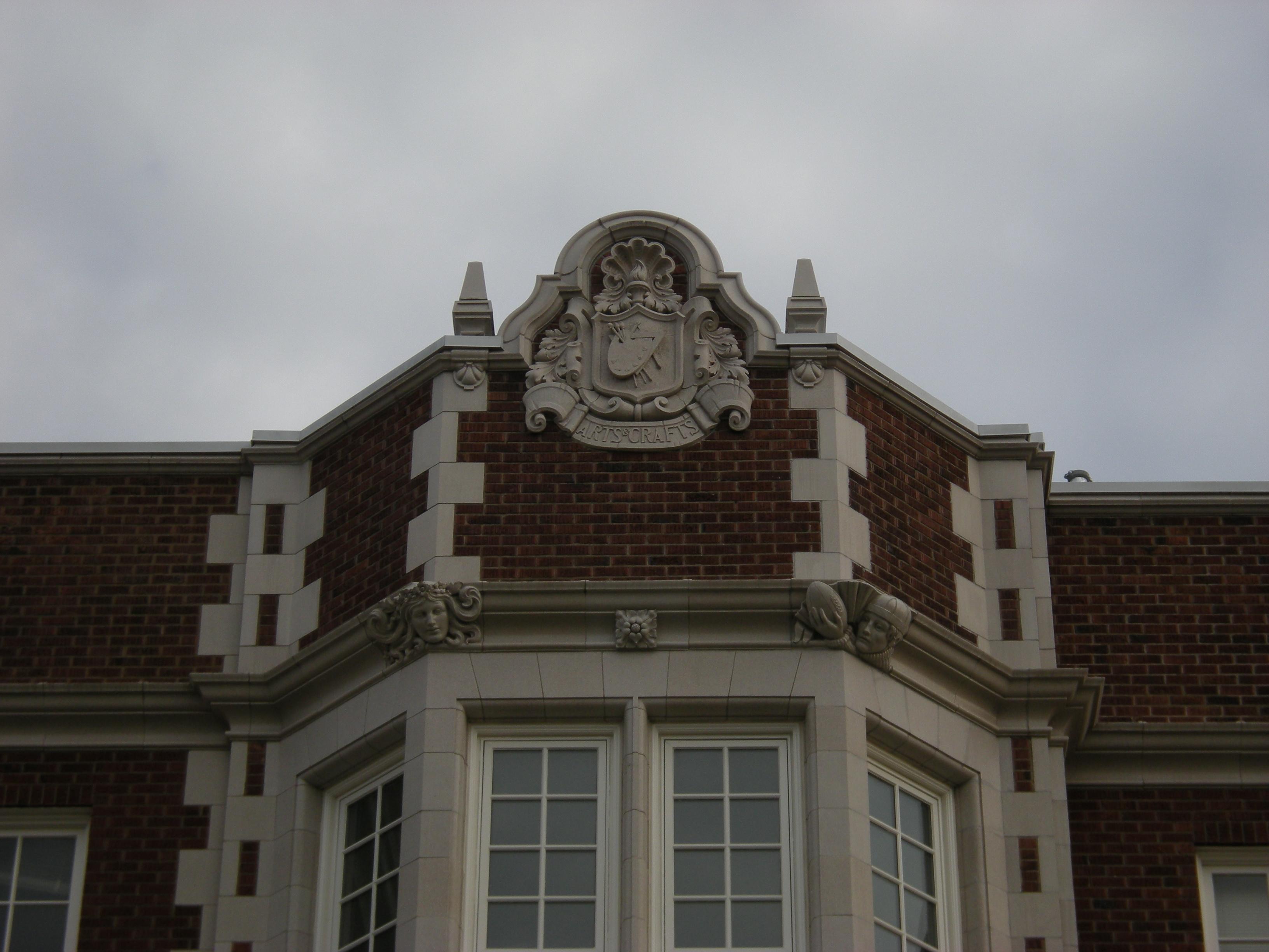File Seattle Garfield High School Terracotta Arts Crafts 01 Jpg Wikimedia Commons