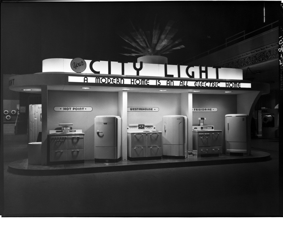 File seattle city light display 1940 jpg wikimedia commons