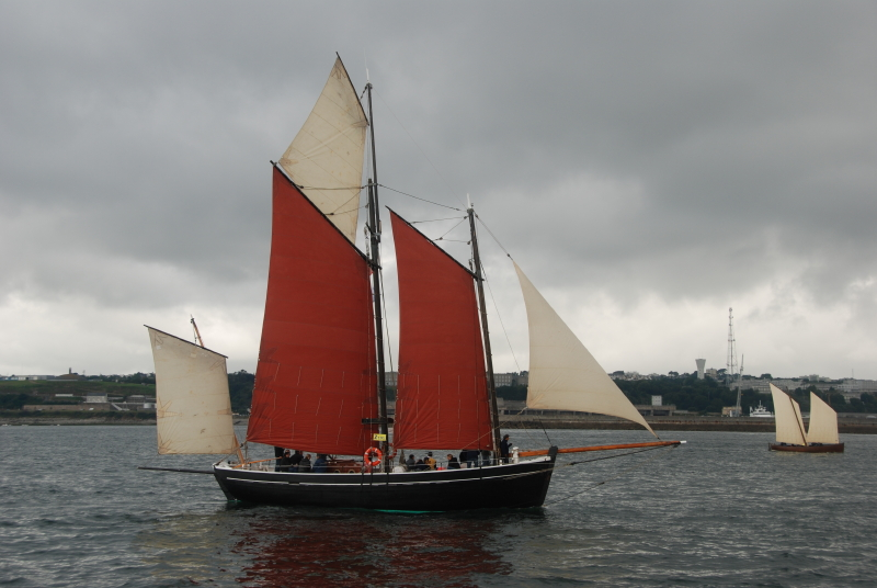 bateau de peche a voile