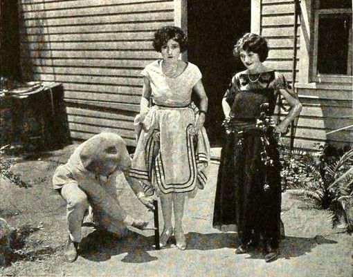 File Vera Steadman Dorothy Devore 1922 Jpg Wikimedia Commons