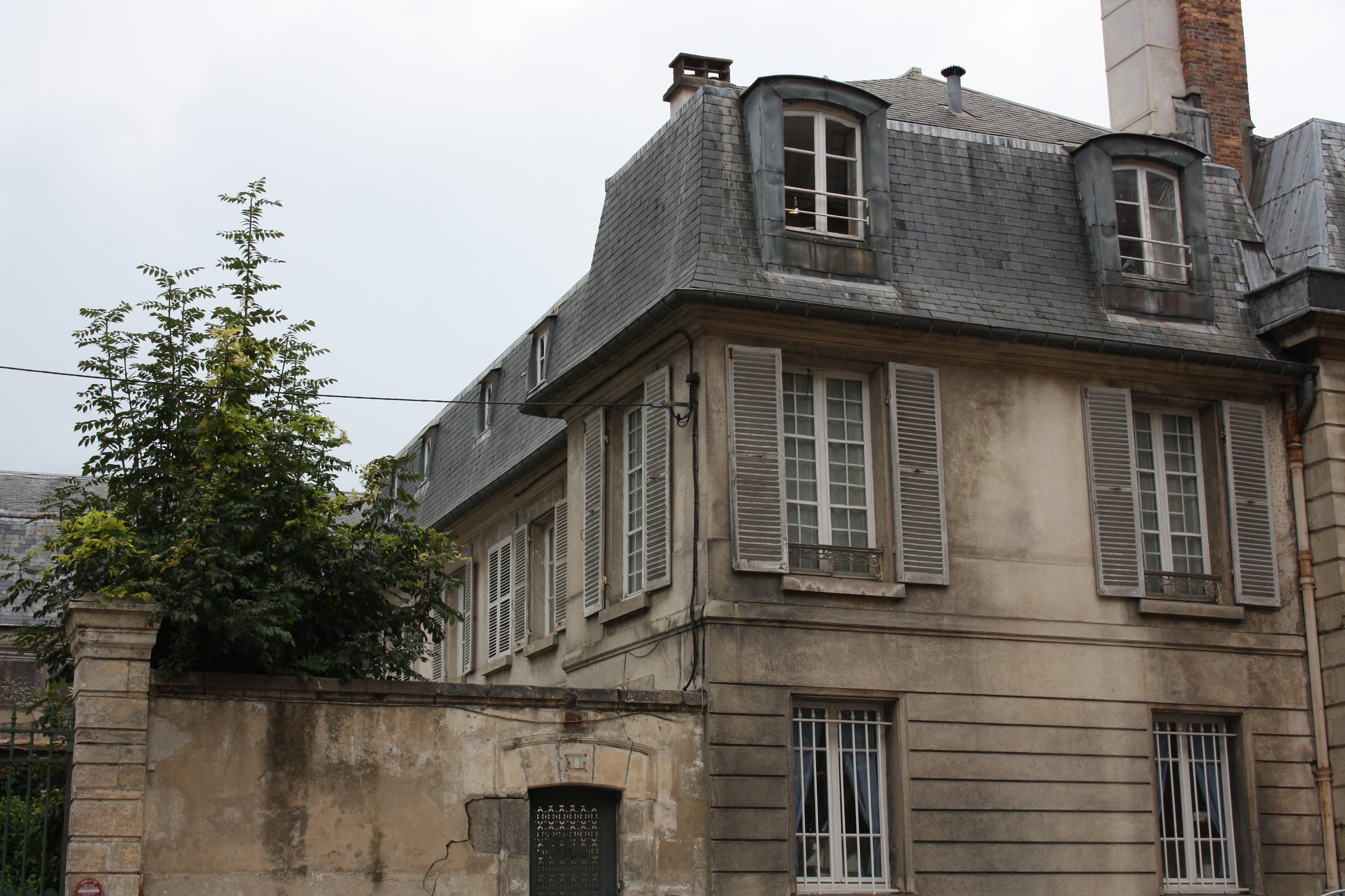 File versailles 8 rue de l 39 ind pendance am ricaine detail - Maison americaine en france ...