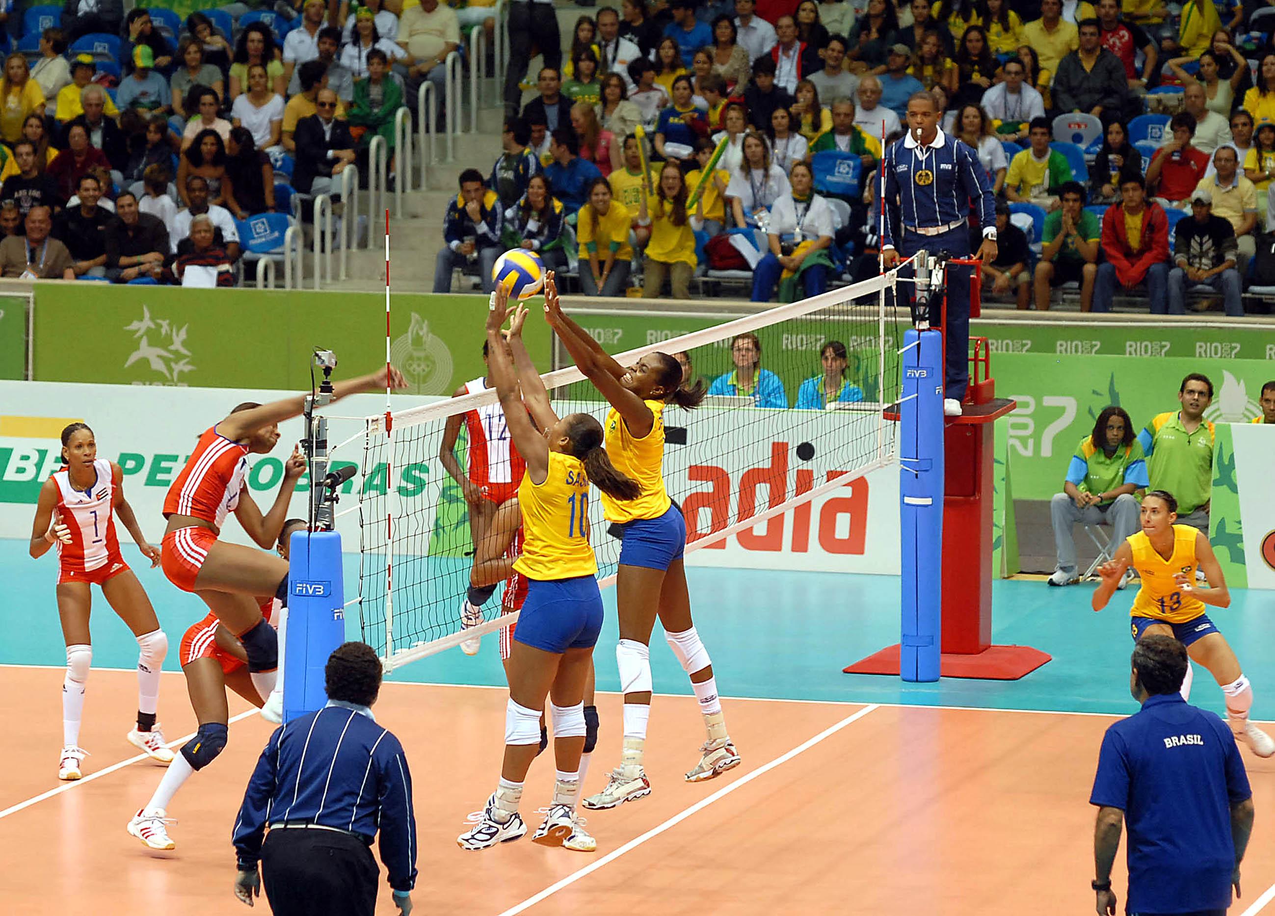 File:Women's Volleyball - BRA vs. CUB.jpg