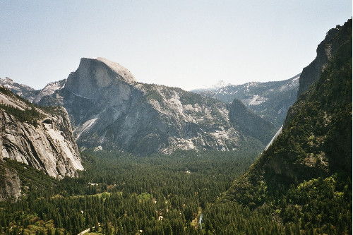 http://upload.wikimedia.org/wikipedia/commons/8/8e/YosemiteValley1.png
