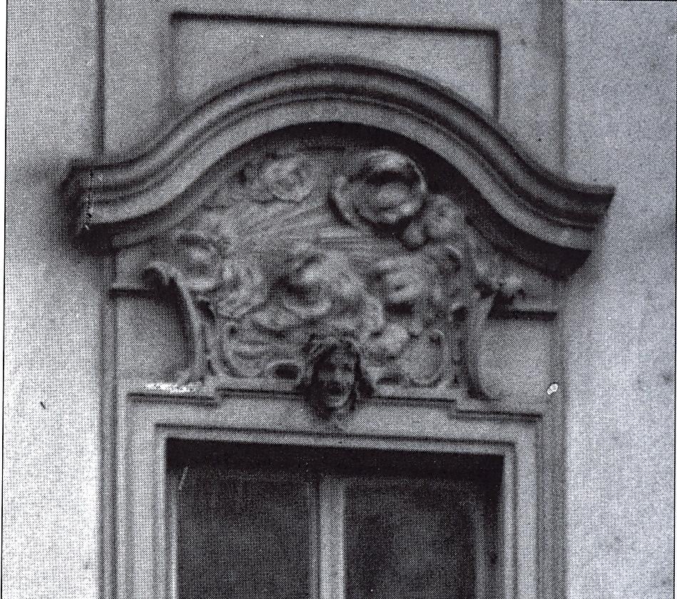 Haus Der Küche Dresden : datei zittelsches haus an der frauenkirche 20 dresden ornamentales detail des mittelrisalits ~ Watch28wear.com Haus und Dekorationen