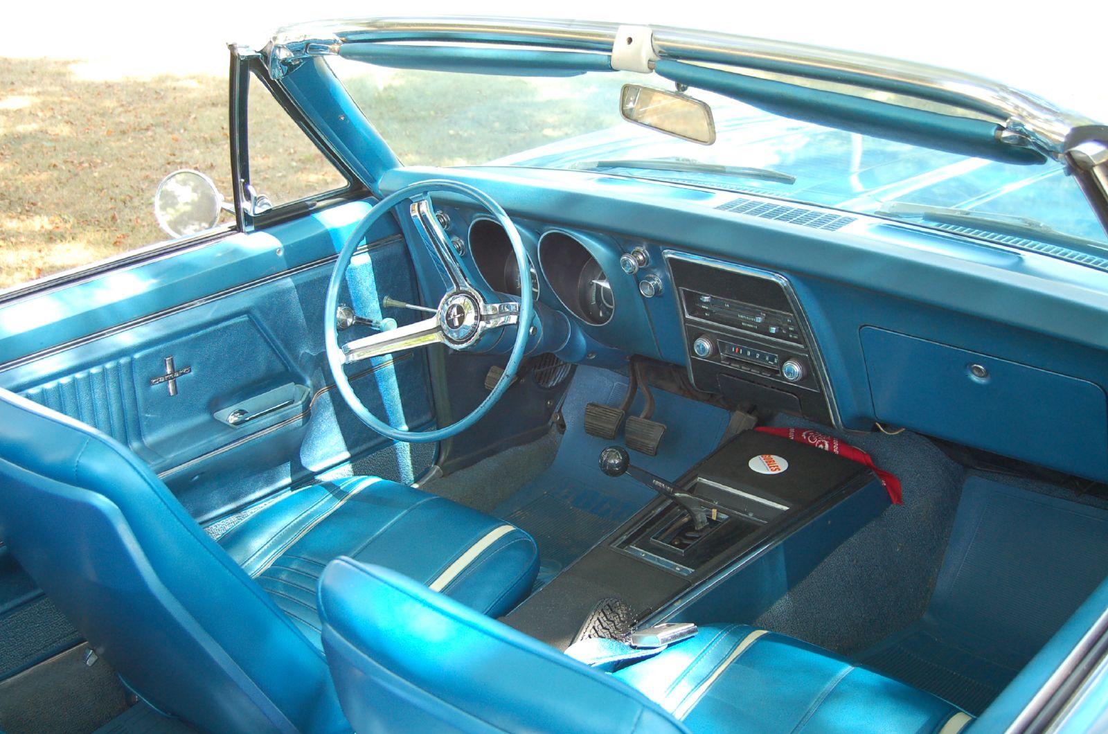 File:1967 Camaro interior.jpg - Wikimedia Commons