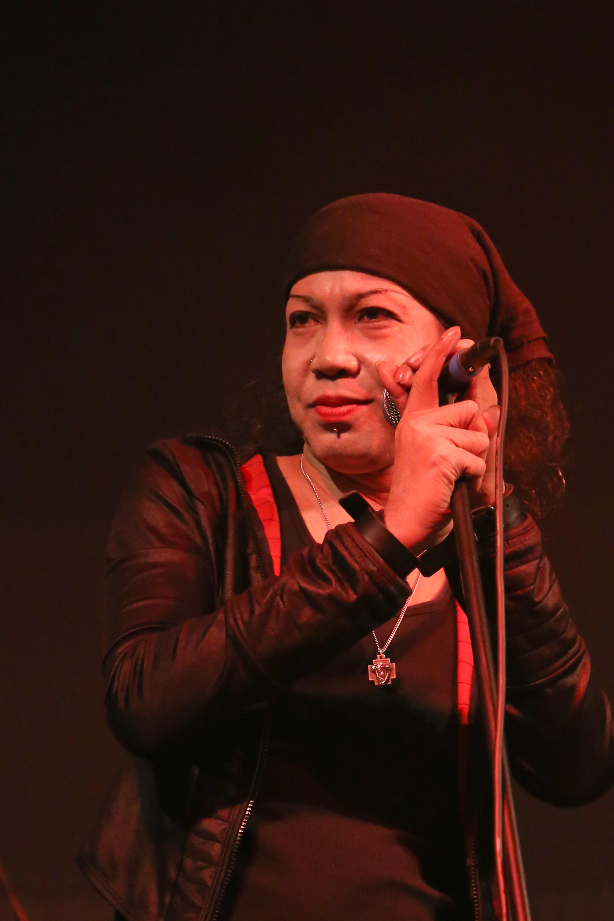 100 Photos of Angina Singer Wiki