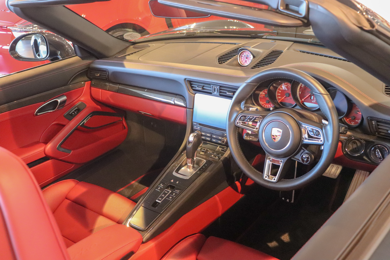 File 2017 Porsche 911 Turbo S Cabriolet 3 8 Interior Jpg Wikimedia Commons