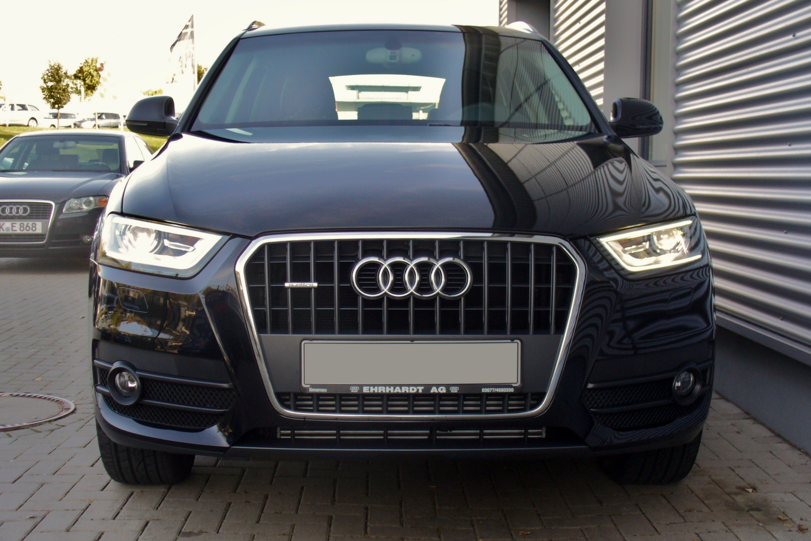 file audi q3 2 0 tdi quattro s tronic phantomschwarz front. Black Bedroom Furniture Sets. Home Design Ideas