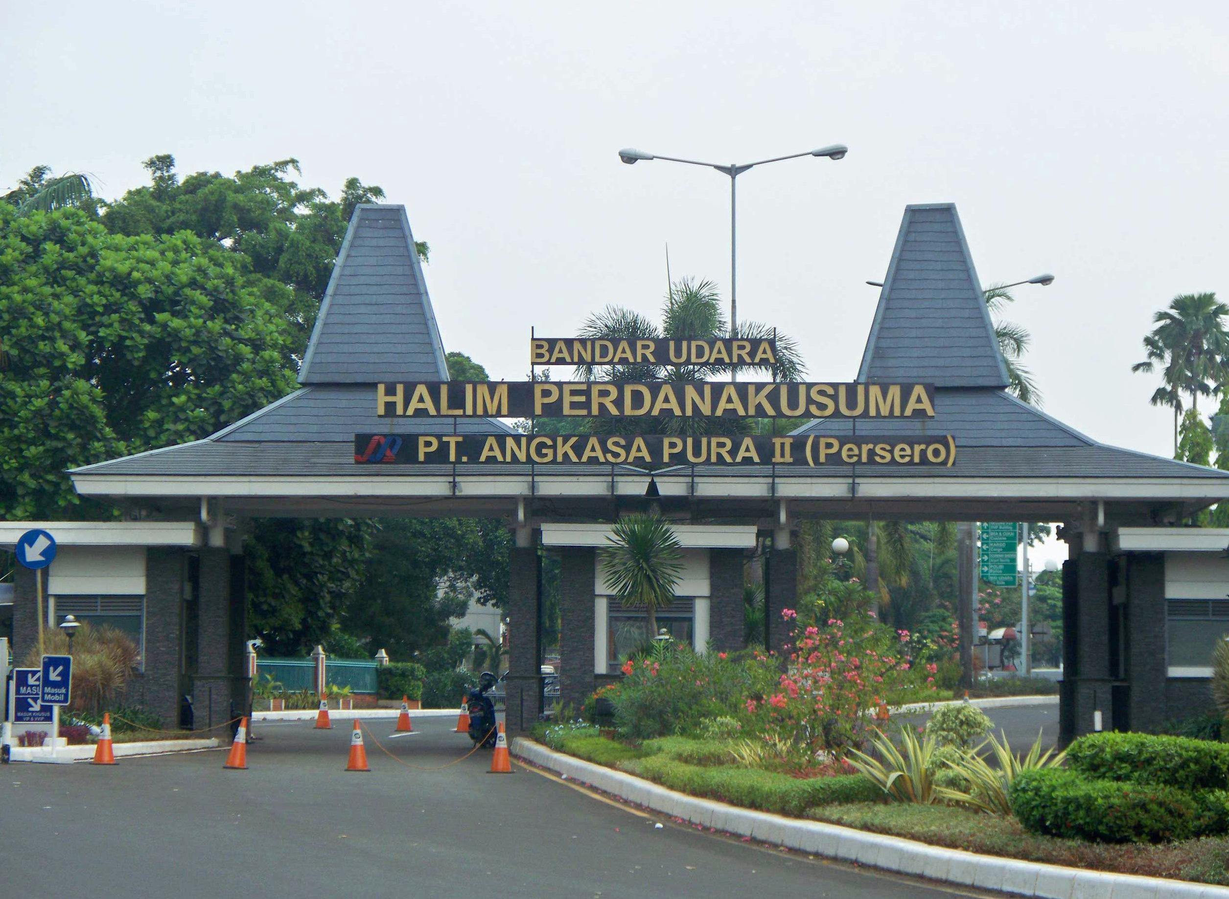 Resultado de imagen para halim perdanakusuma international airport