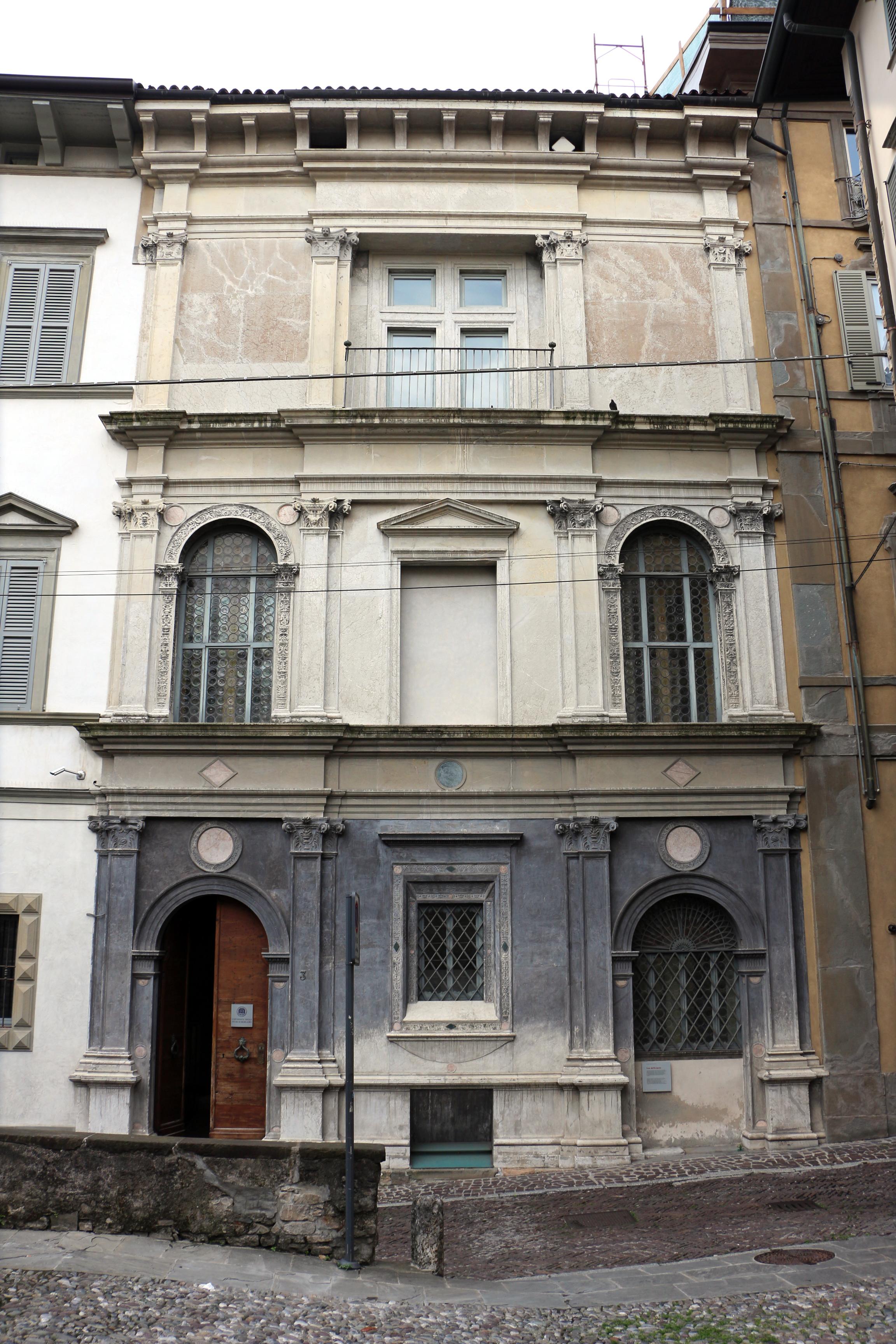 File bergamo casa dell 39 arciprete di pietro isabello for Compro casa bergamo