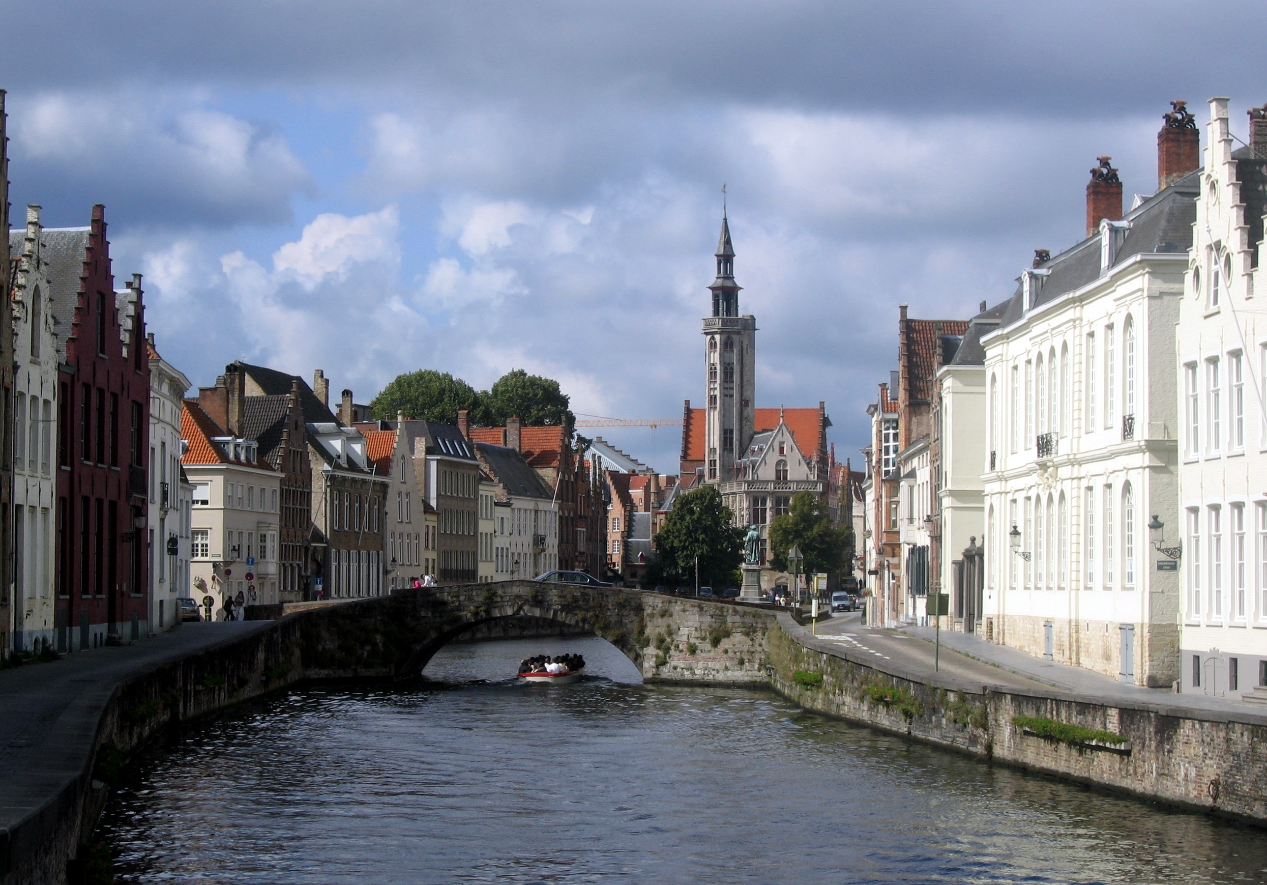 movie review marc s space if i had to categorize in bruges i d go thriller travelogue which is not a very crowded field it s the story of two career hit men who go on a
