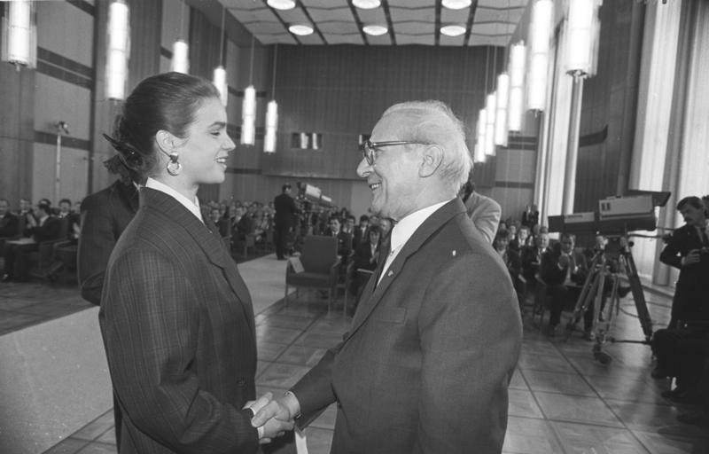 Bundesarchiv_Bild_183-1988-0425-029,_Ber