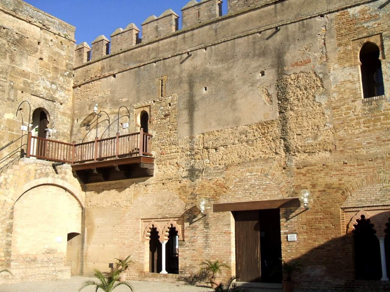 File carmona alc zar de la puerta de sevilla for Puerta de sevilla carmona