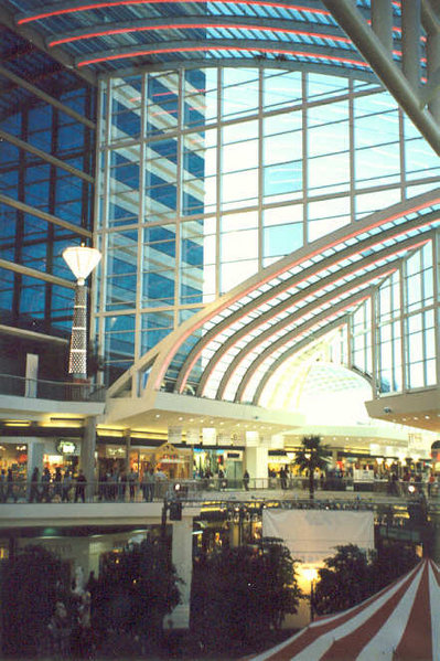 The Riverchase Galleria in Hoover, one of the largest shopping centers in the southeast Center Court of the Riverchase Galleria.jpg