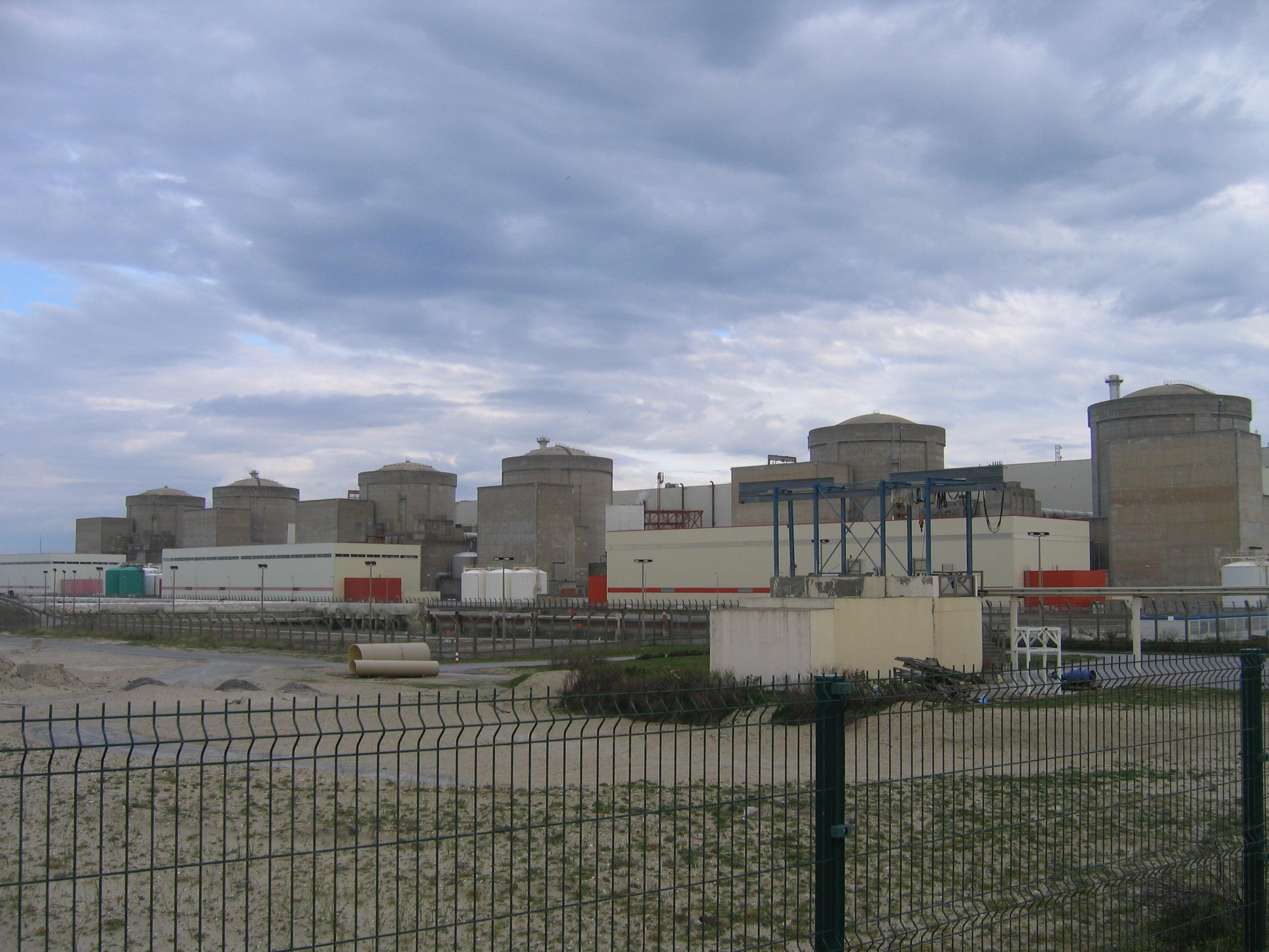 Gravelines France  city photo : Fichier:Centrale nucléaire de Gravelines — Wikipédia