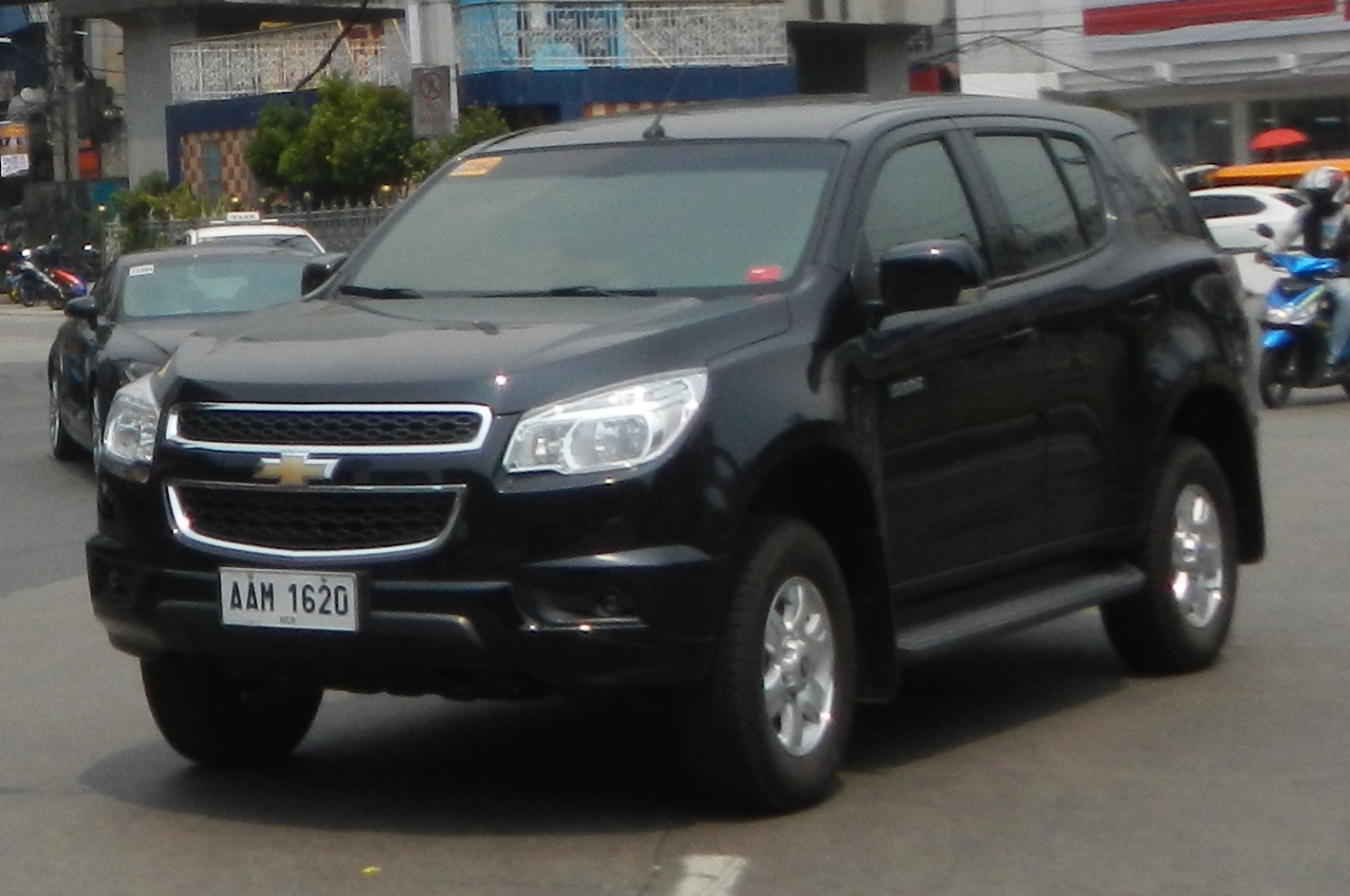 File:Chevrolet TrailBlazer 01.jpg - Wikimedia Commons