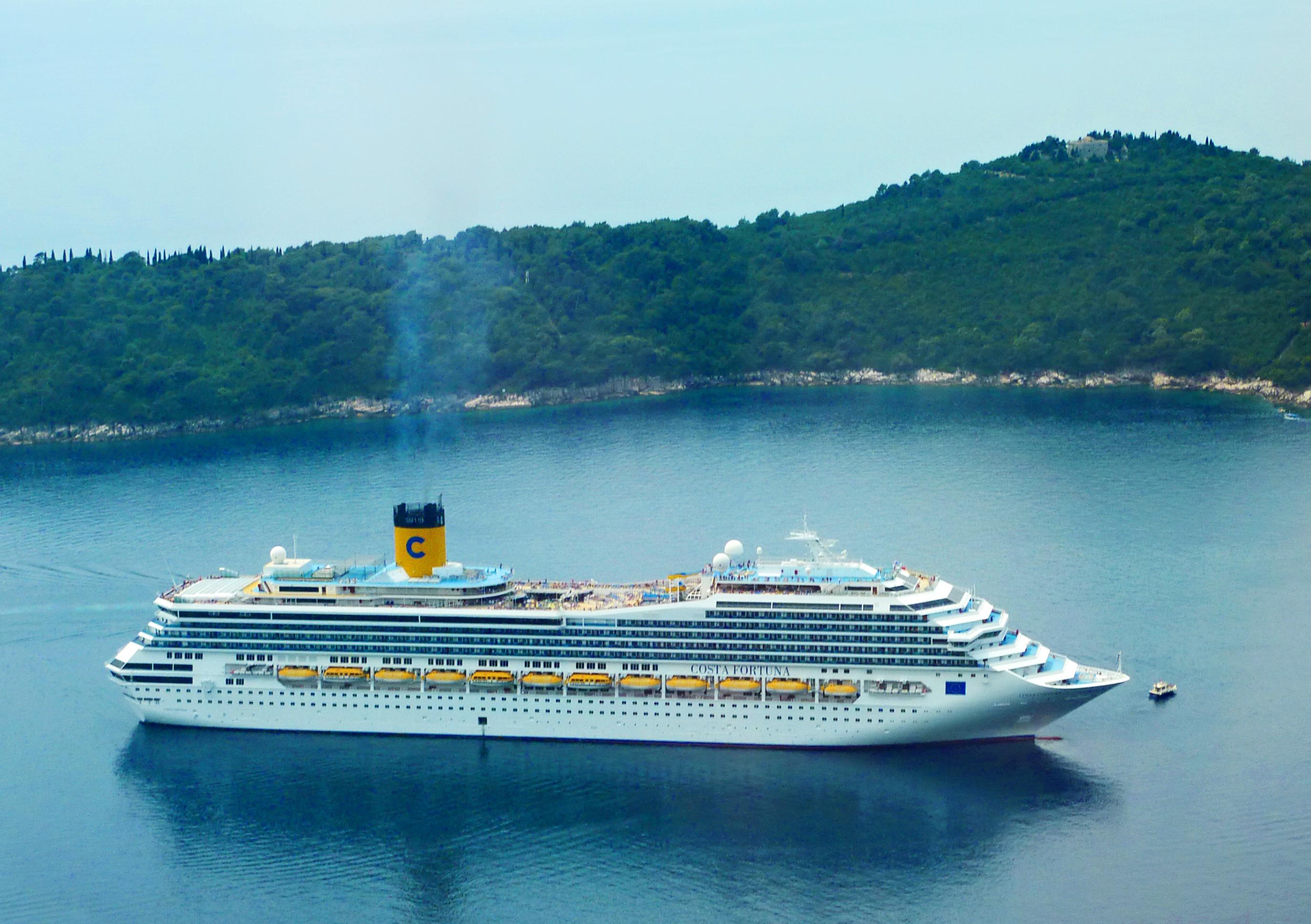 FileCosta Fortuna Cruise Shipjpg  Wikimedia Commons