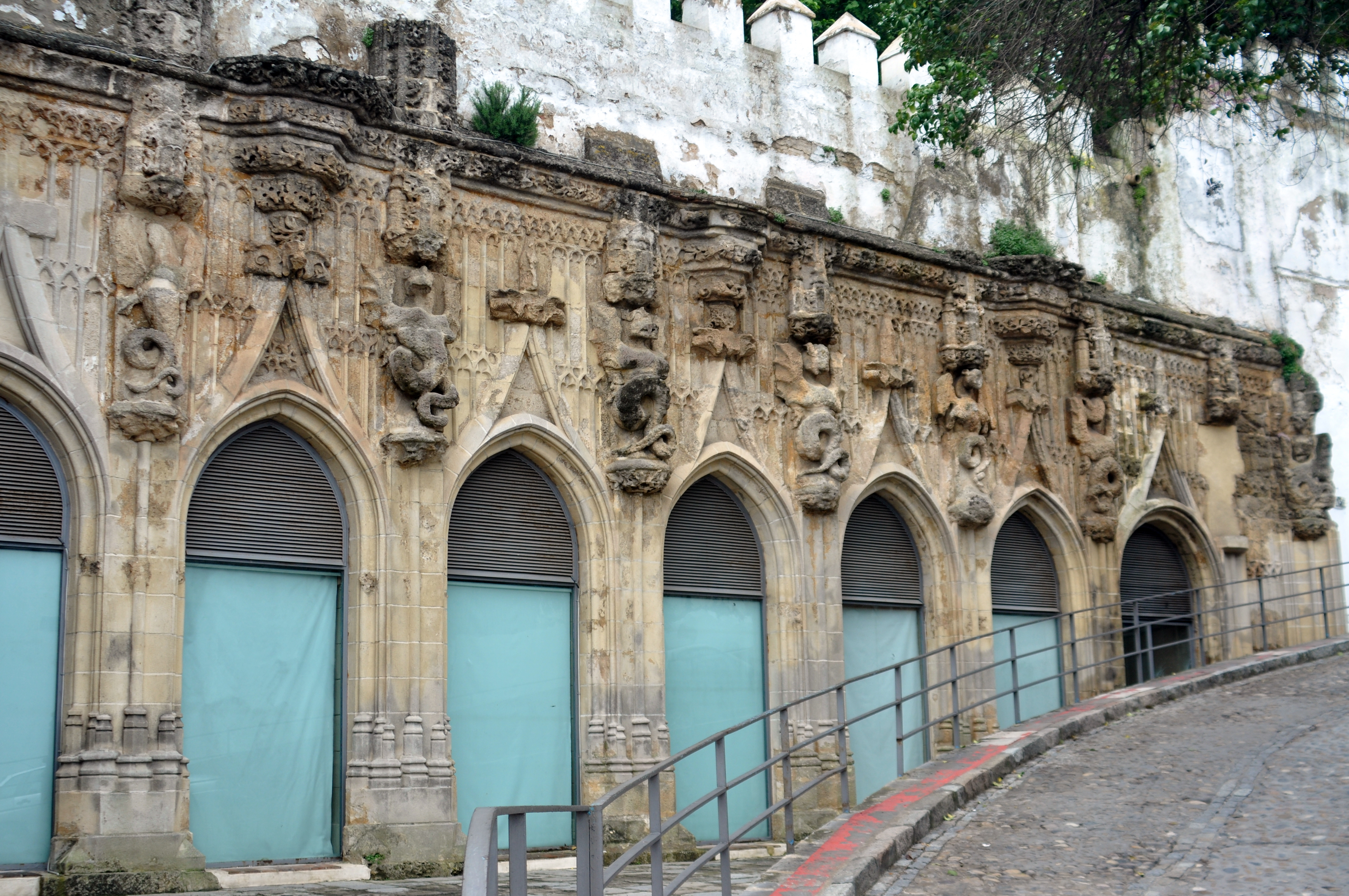 Sanlucar de Barrameda Spain  city photo : Covachas de Sanlúcar de Barrameda Wikimedia Commons