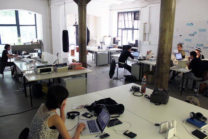 File:Coworking Space in Berlin.jpg