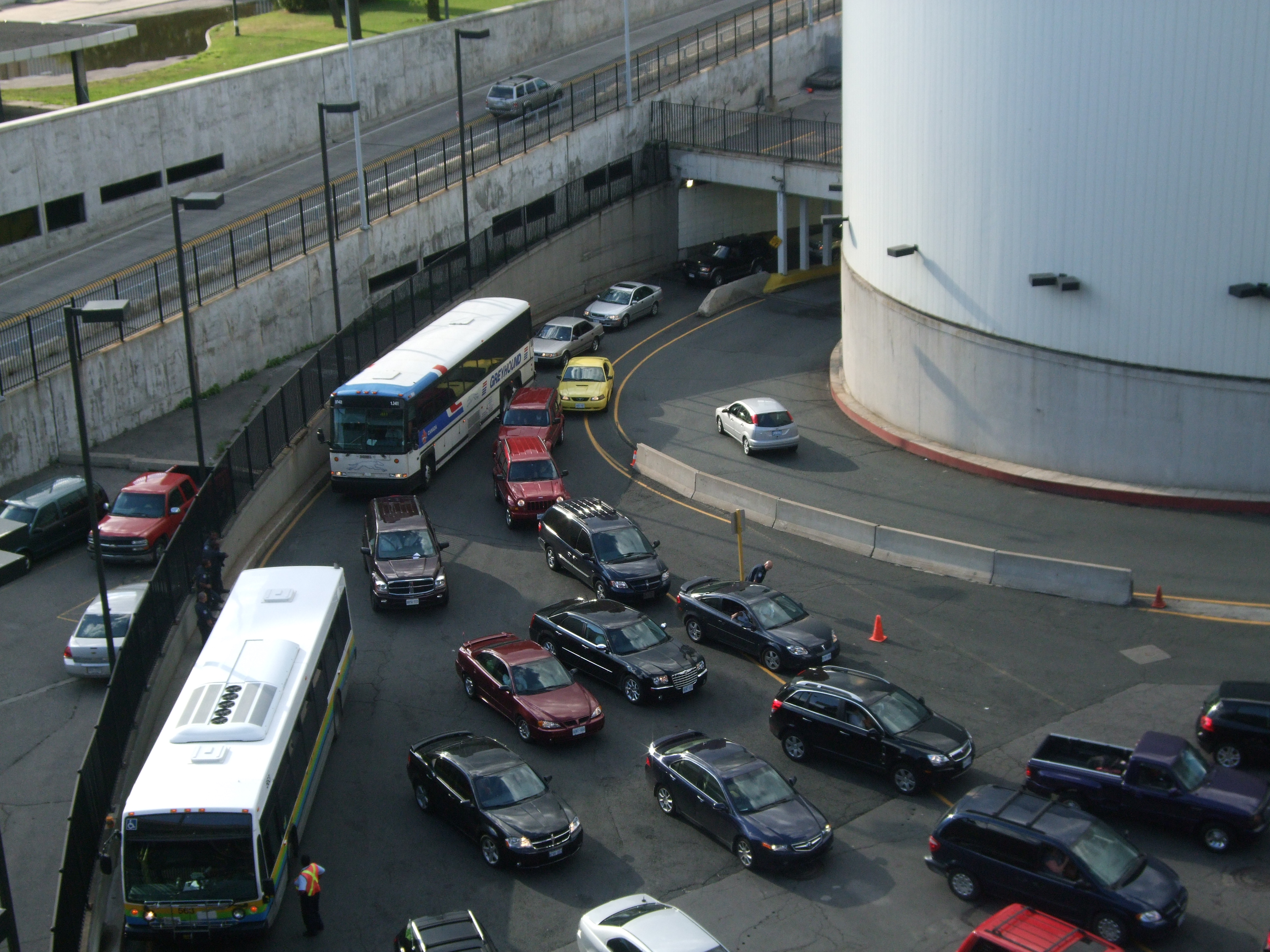 File Detroit Windsor Tunnel Portal Jpg