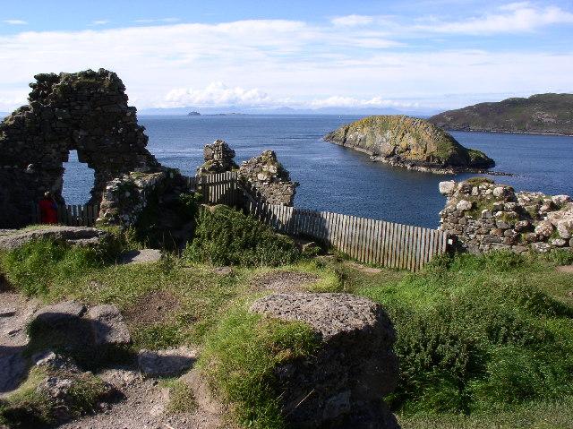 Duntulm Castle - geograph.org.uk - 52926