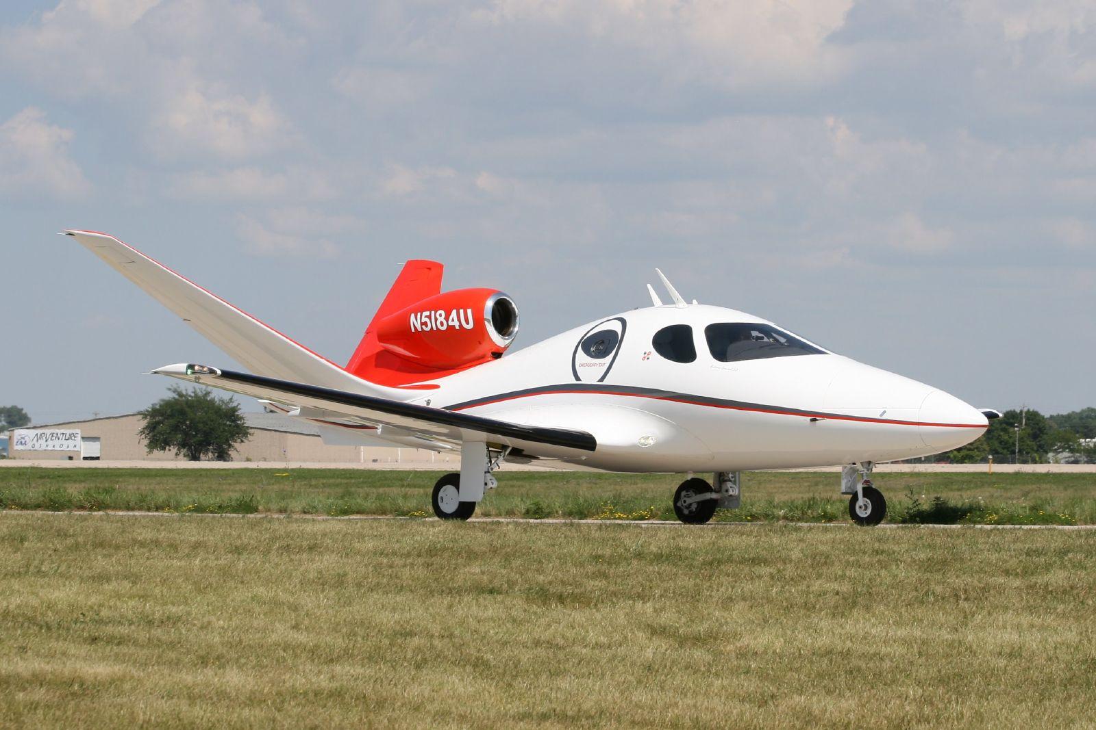 Description Eclipse Concept Jet - Oshkosh Air Show 2007 - 002 jpgEclipse Jet