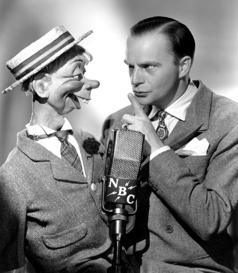 File:Edgar Bergen and Mortimer Snerd 1941.JPG - Wikimedia Commons