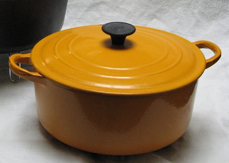 Файл:Enameled Dutch oven - 01.jpg