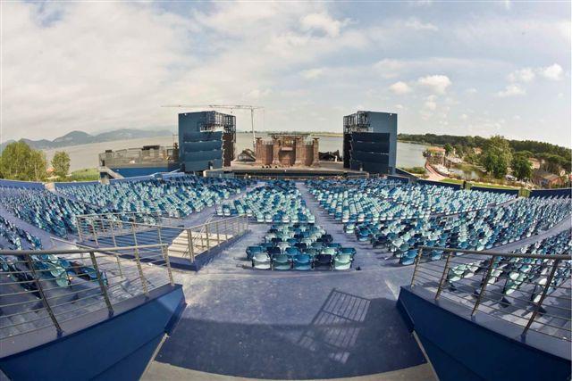 File:Gran-teatro-Torre-del-Lago-puccini1.jpg - Wikipedia