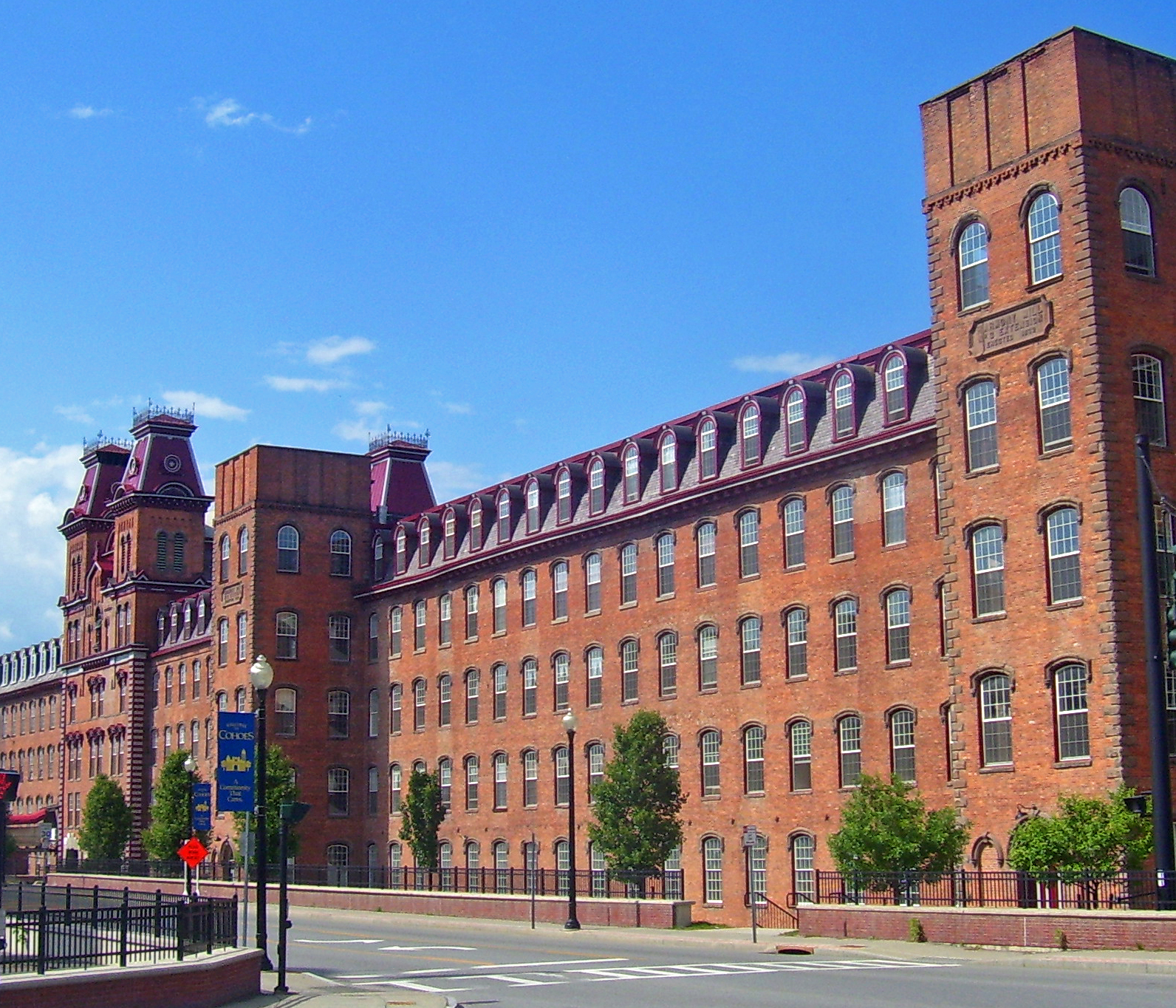 Appartments For Rent In Nyc: File:Harmony Mills, Cohoes, NY.jpg