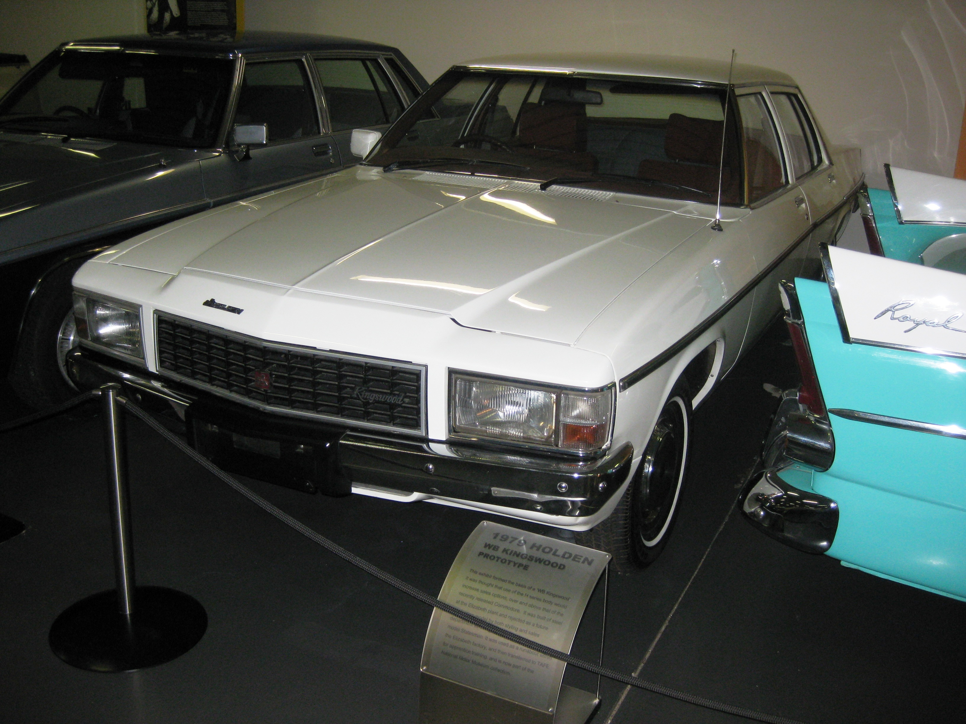 File:Holden WB Kingswood Sedan prototype (1979).jpg - Wikipedia ...