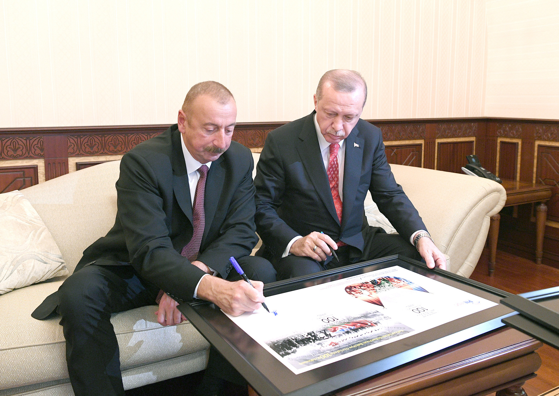 File:Ilham Aliyev and Recep Tayyip Erdogan attended the parade dedicated to  100th anniversary of liberation of Baku 11.jpg - Wikimedia Commons