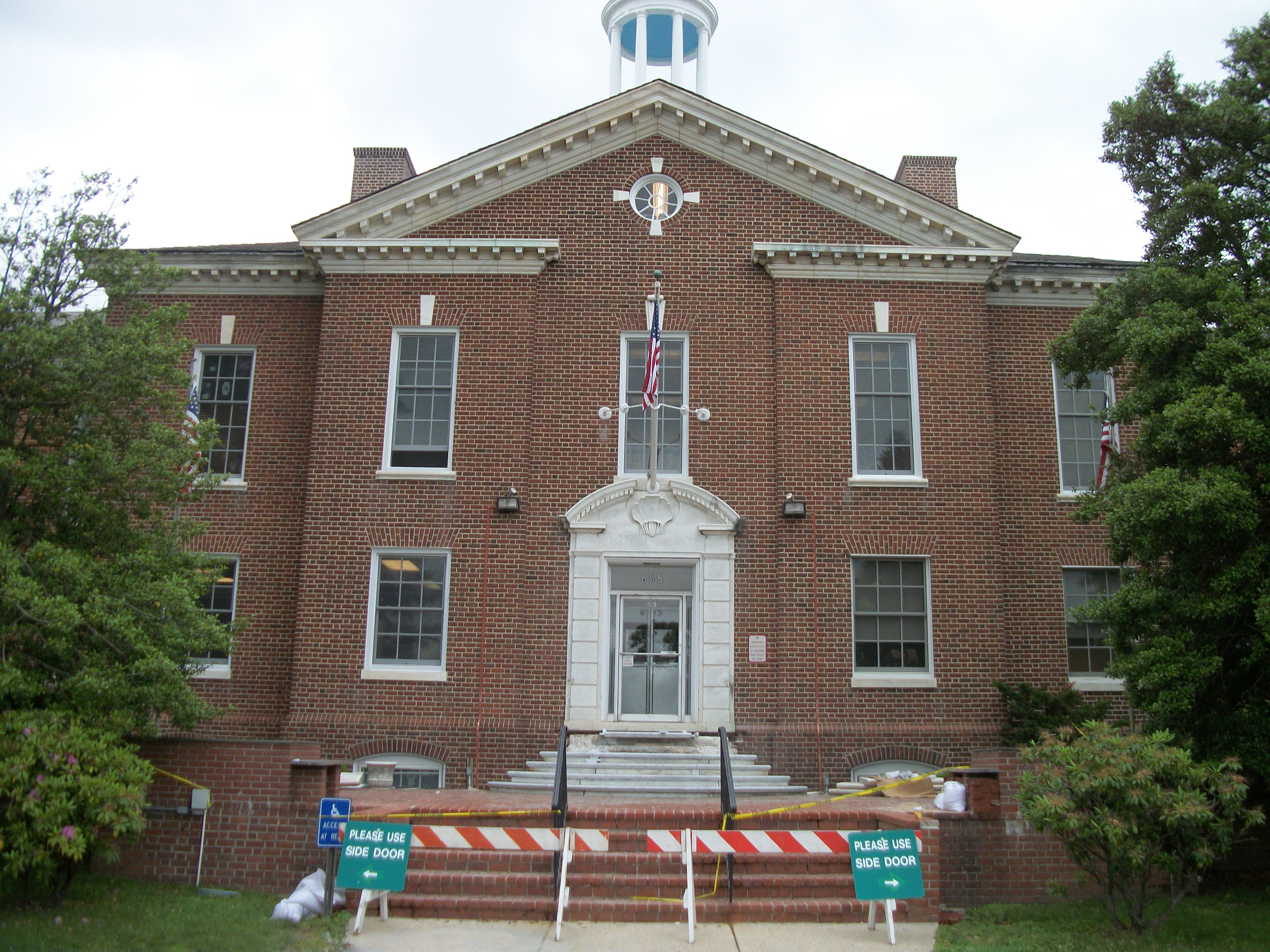 Islip Town Hall in June 2012islip town