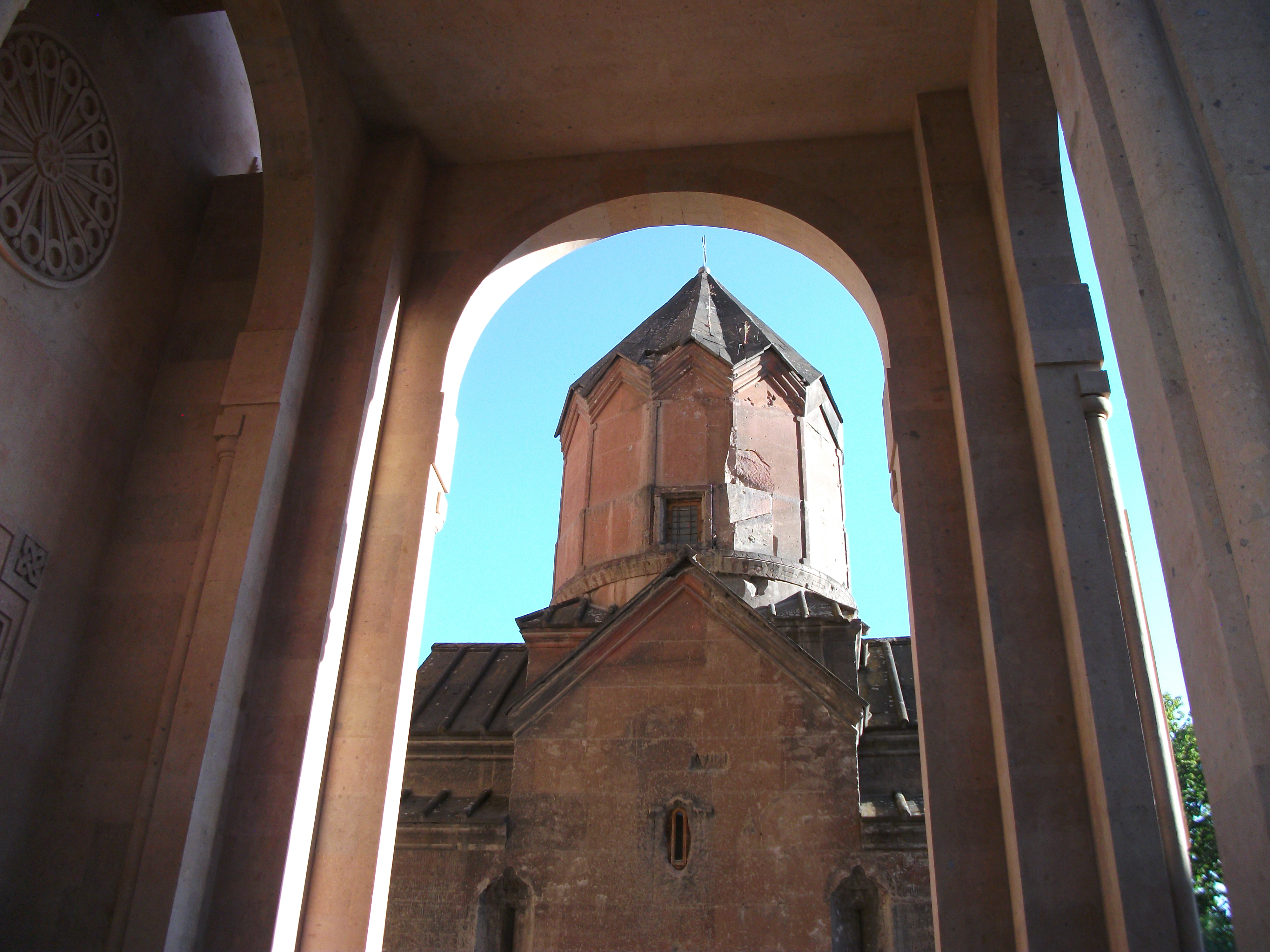 Katoghike Church Yerevan Wikipedia