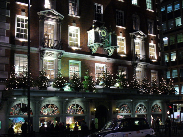 File:Late night Christmas Shopping at Fortnum and Mason - geograph.org.uk - 287502.jpg
